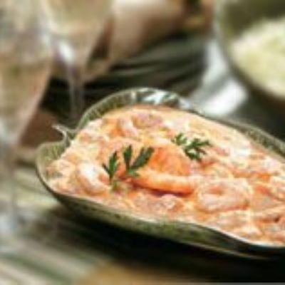 Camarão ensopado com Caldo de Tomatei e Creme de Leite