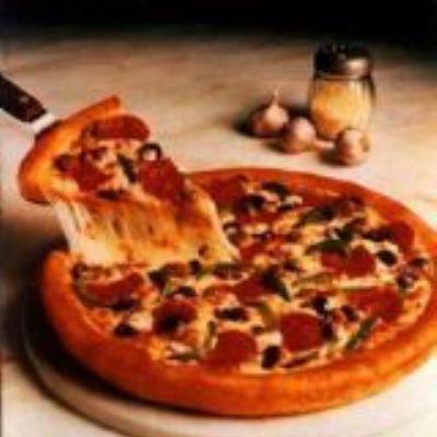 Pizza Chic de Salmão com alho poró e brie