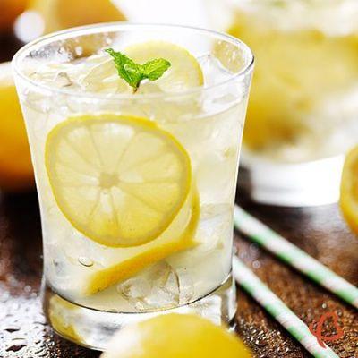 Lemonade Spritz